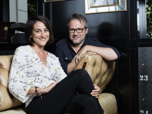 Carolina de Salvo et Philippe Gougler, aux commandes de « Faut pas rêver ».