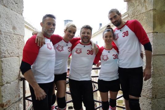 Bruno Guillon, Camille Lacourt, Anne-Gaëlle Riccio, Élodie Gossuin, Gérard