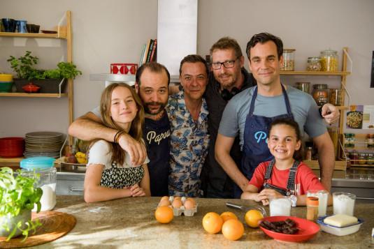 Les comédiens incarnant la famille Fayol-Mercier