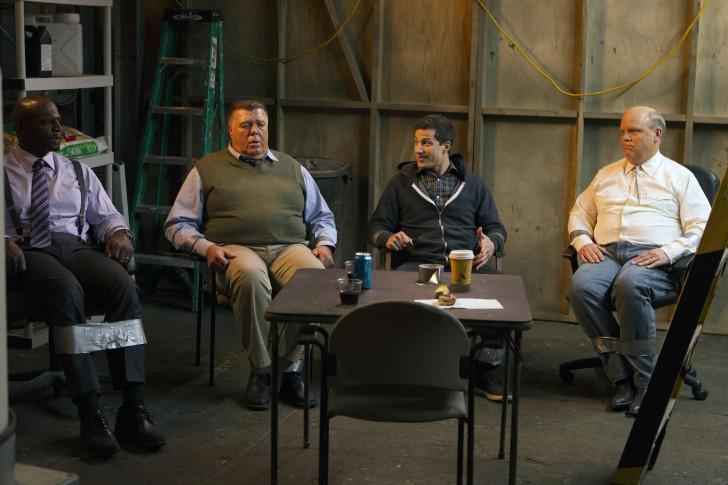 Dirk Blocker et Joel McKinnon sont Hitchcock et Scully.